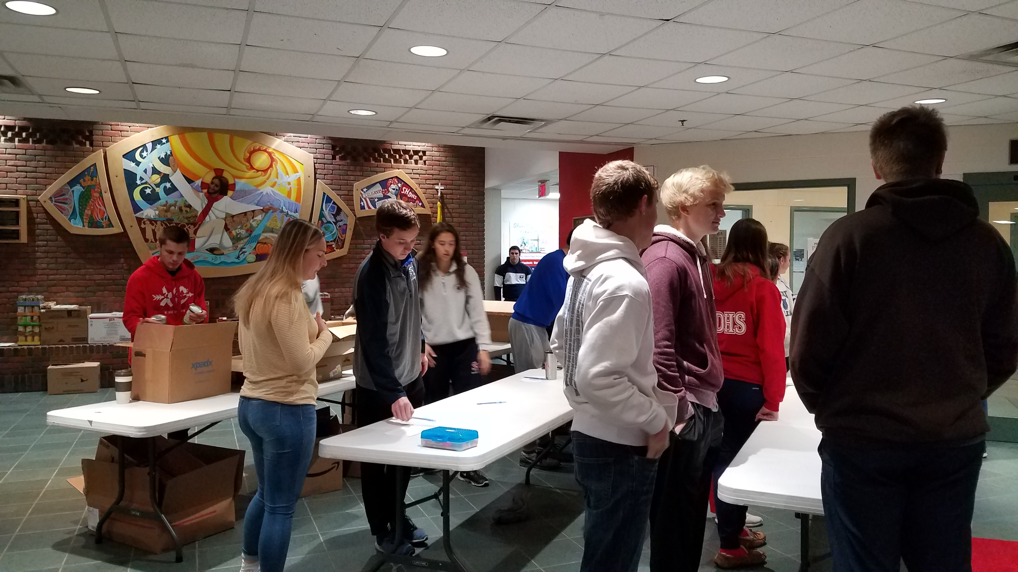 2018 thanksgiving canned food drive_3