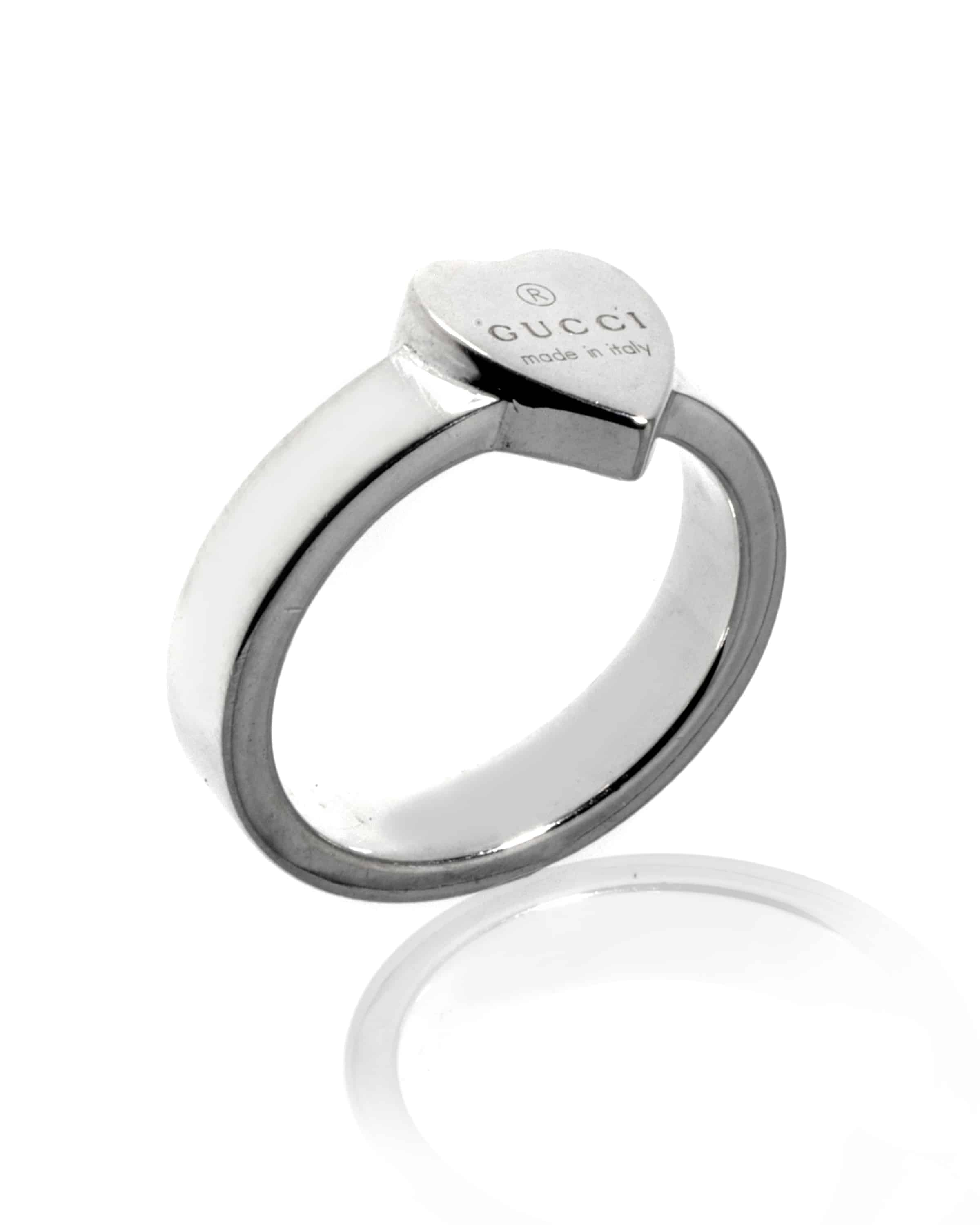 aa581d36e Wishlist Quickview. gucci sterling silver heart ring. size ...
