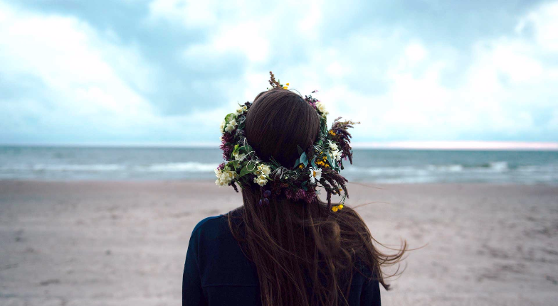 This Is the Painful Truth of Losing Yourself Completely in a Toxic Love