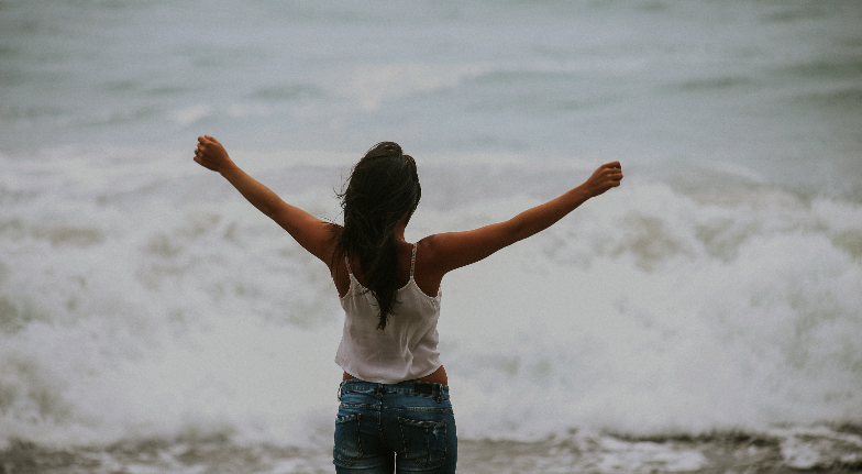 An Open Letter to The Girl Who's Afraid to Be Happy