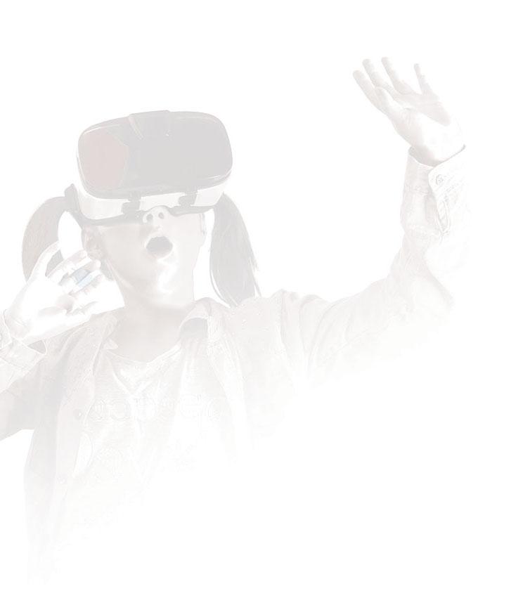 Imagem de uma criança utilizando um óculos de Realidade Virtual
