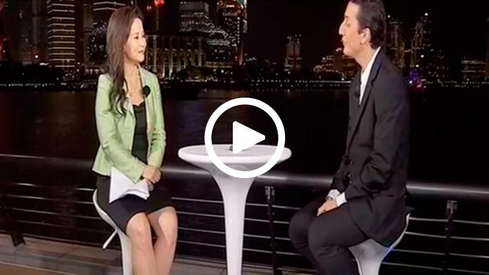 Print do vídeo da entrevista de Ricardo Geromel com Danilo Gentili no programa The Noite