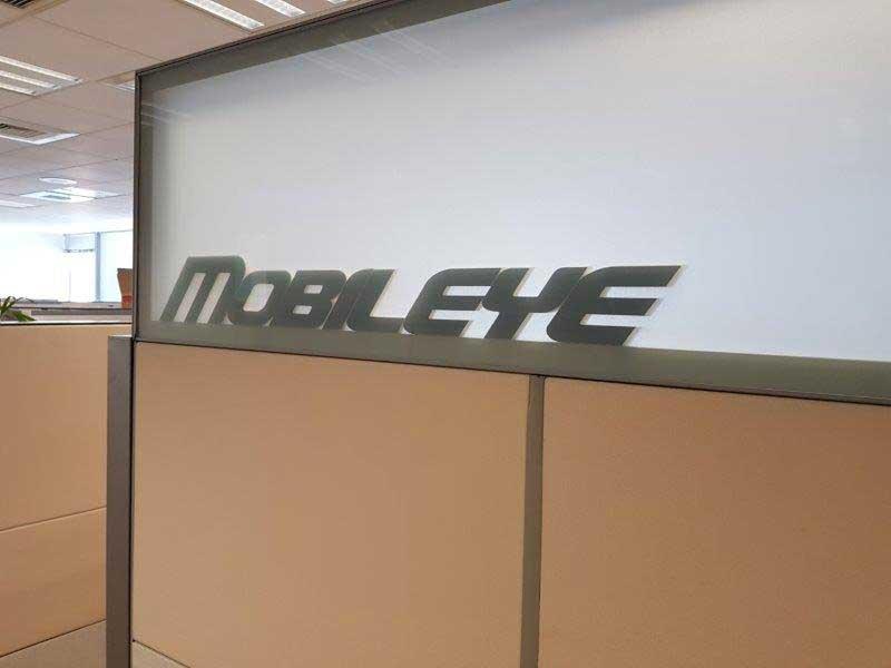Visita a Mobileye, líder no desenvolvimento de carros autônomos