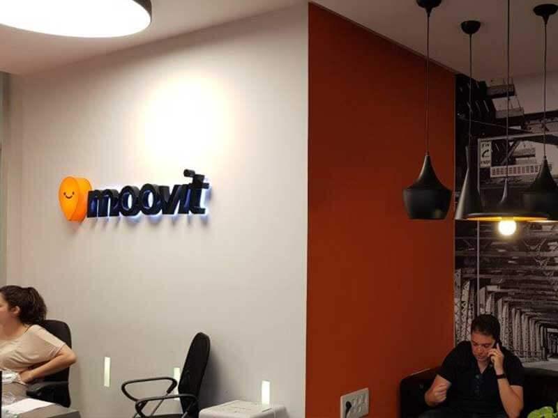 Visita a Moovit, aplicativo de mobilidade com 150 milhões de usuários