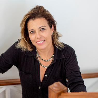 Ana Paula Piti Azevedo