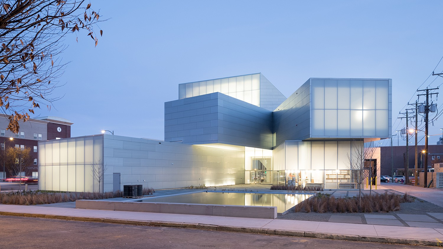 Institute for contemporary art vcu steven holl architects for New space architects