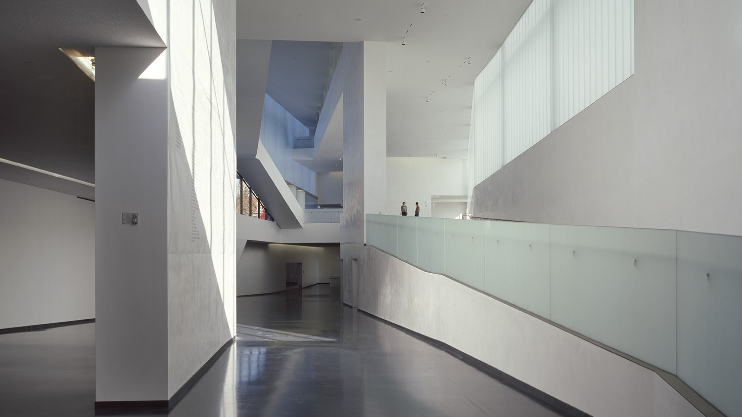 The nelson atkins museum of art steven holl architects for Home holl