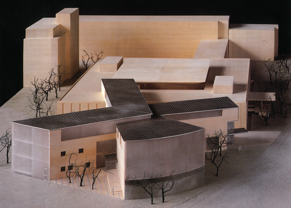 https://s3.us-east-2.amazonaws.com/steven-holl/uploads/projects/project-images/StevenHollArchitects_CALA_Model_03Wood_WC.jpg