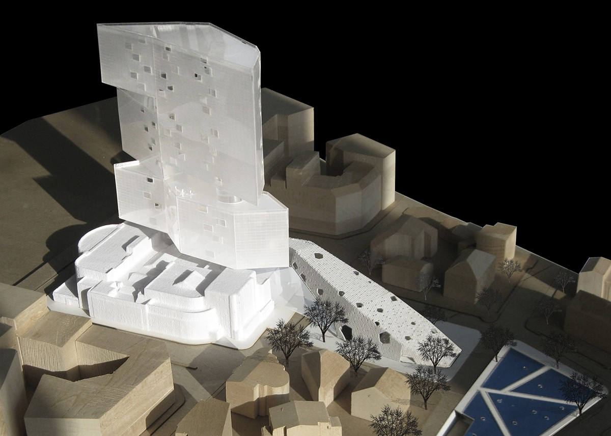 https://s3.us-east-2.amazonaws.com/steven-holl/uploads/projects/project-images/StevenHollArchitects_Knokke_MODELVIEW02_WC.jpg
