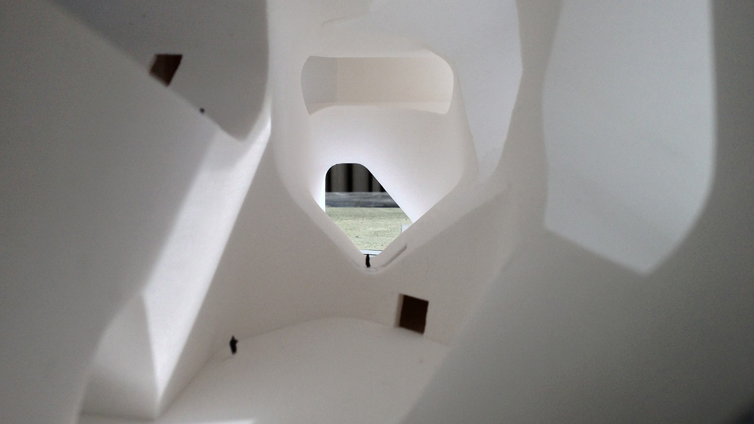 https://s3.us-east-2.amazonaws.com/steven-holl/uploads/projects/project-images/StevenHollArchitects_Tianjin_IMG_0170_WH.jpg