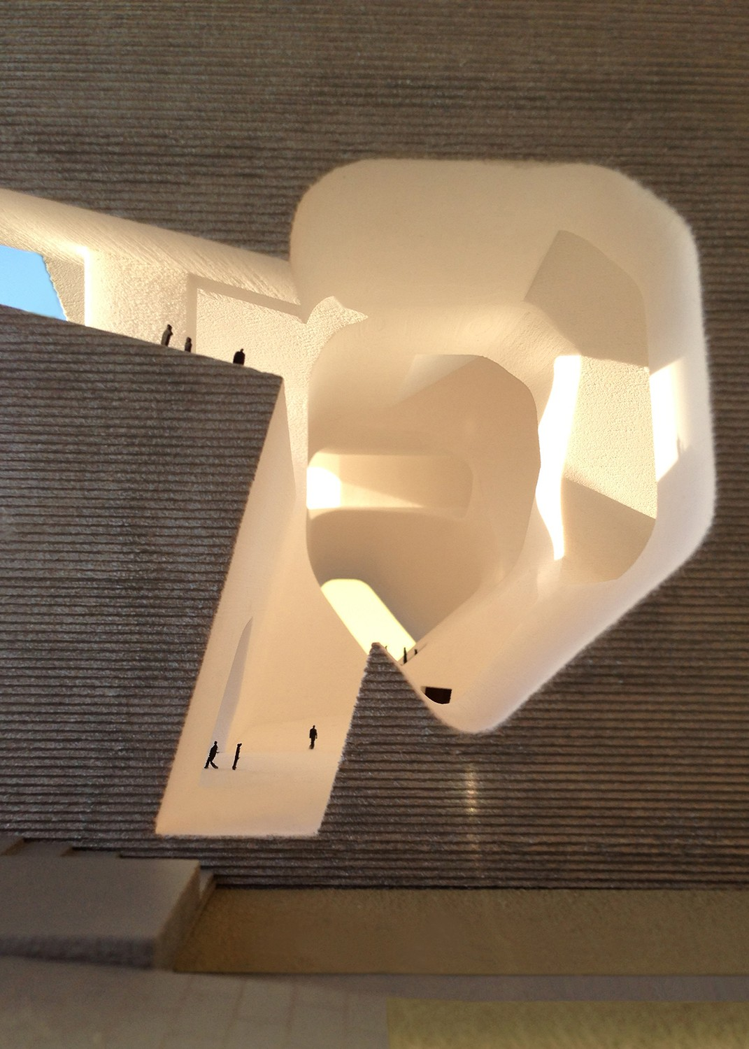 https://s3.us-east-2.amazonaws.com/steven-holl/uploads/projects/project-images/StevenHollArchitects_Tianjin_IMG_0598 SQ_WV.jpg