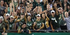 1920-USF-Bulls-vs-Illinois-Fighting-Illini-2017-Bulls-Gallery-0004.jpg