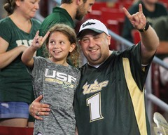 1920-USF-Bulls-vs-Temple-Owls-2017-Bulls-Gallery-0259.jpg