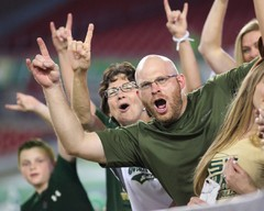 1920-USF-Bulls-vs-Temple-Owls-2017-Bulls-Gallery-0262.jpg