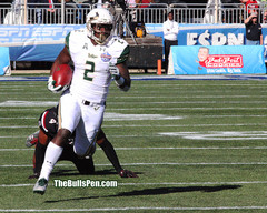 72 _8x10 Bulls 2 Johnson runs 2016 birmingham bowl old baldy photo IMG_0829.jpg