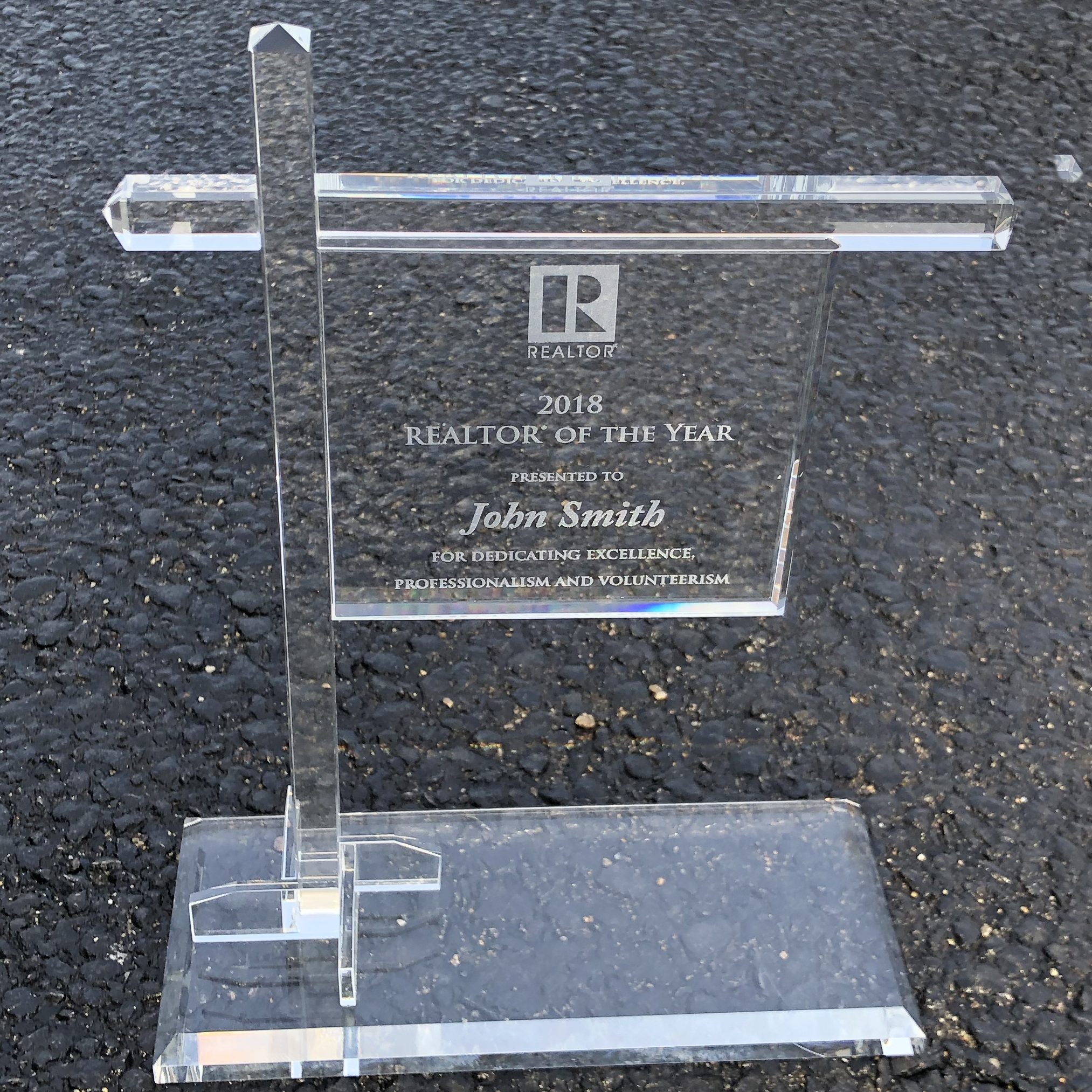 Crystal Sold Yard Sign Award - BTO1027
