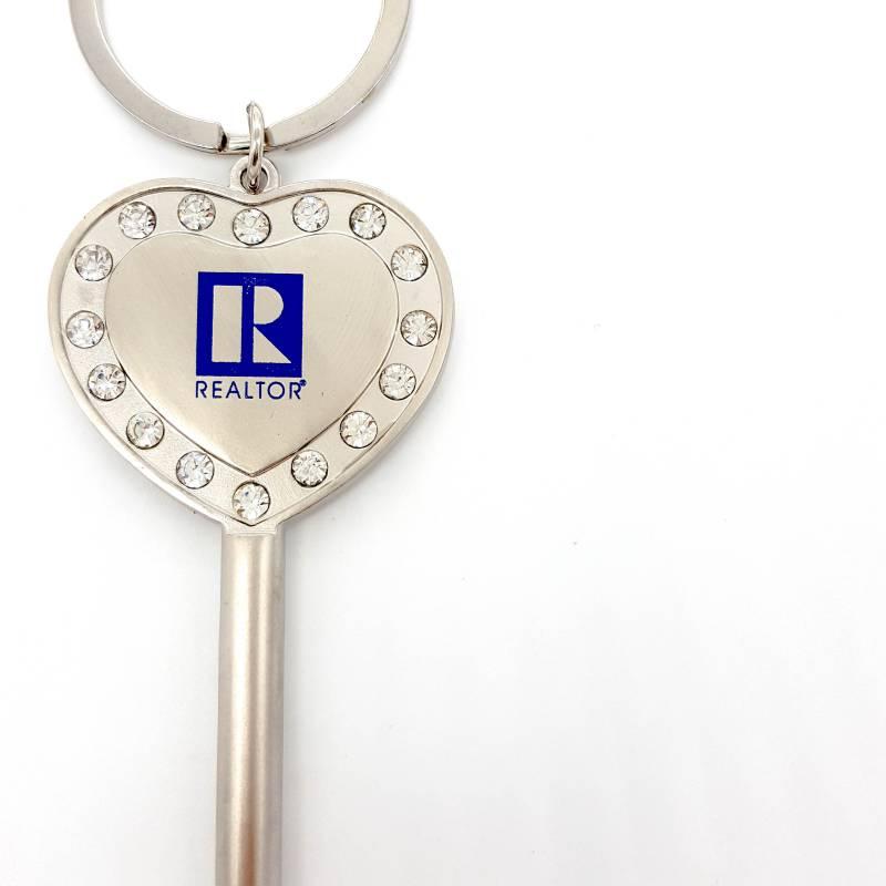 Heart And Key Shaped Keychain - RTS4640