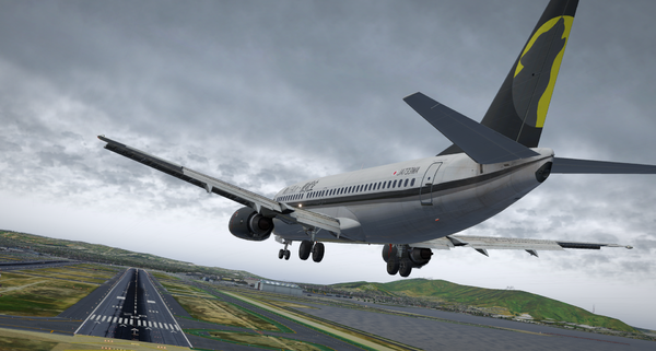 B737-300 in Storm