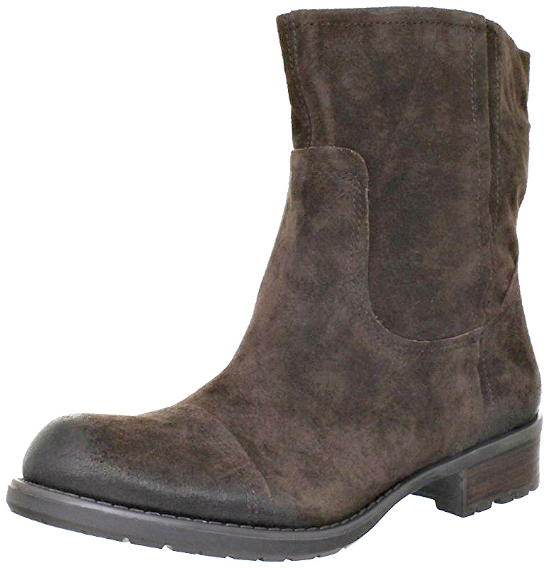 Best Waterproof Boots for Travel - Travel Fashion Girl