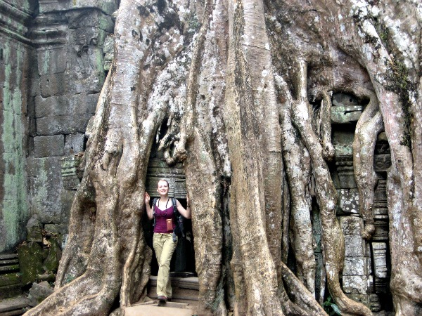 what-to-wear-in-angkor-wat