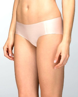 best-travel-underwear-for-women