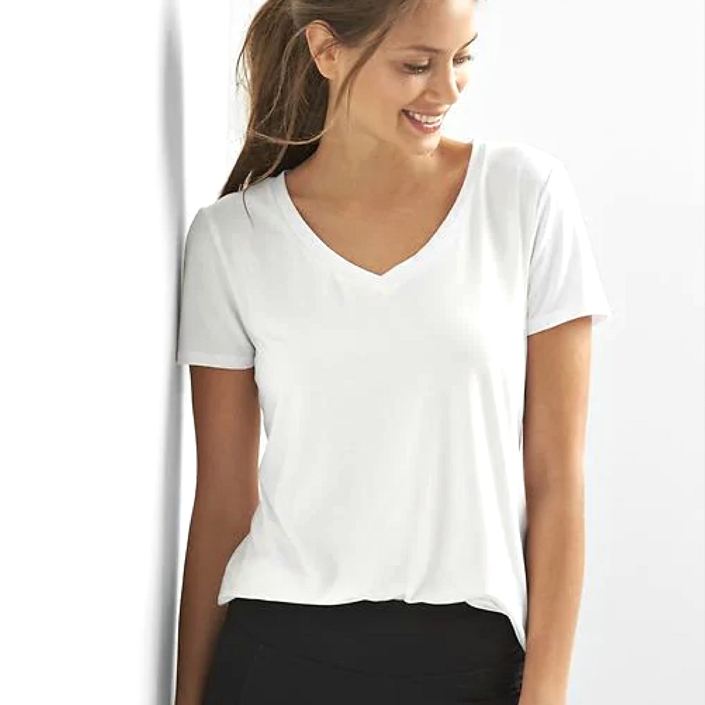 The 10 Best T-Shirts for Women According to Our Readers 487fd6d7892