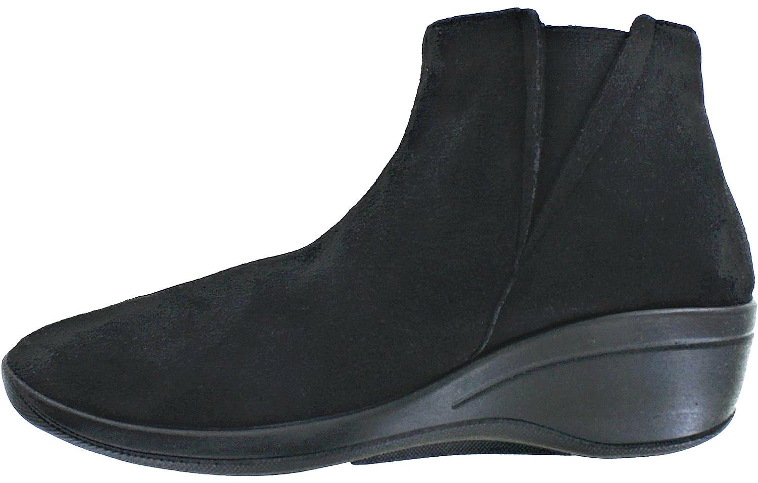 33c5f9dbc39a 10 Best Black Ankle Boots for Walking