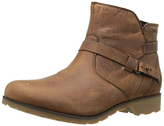 best-flat-boots-for-travel