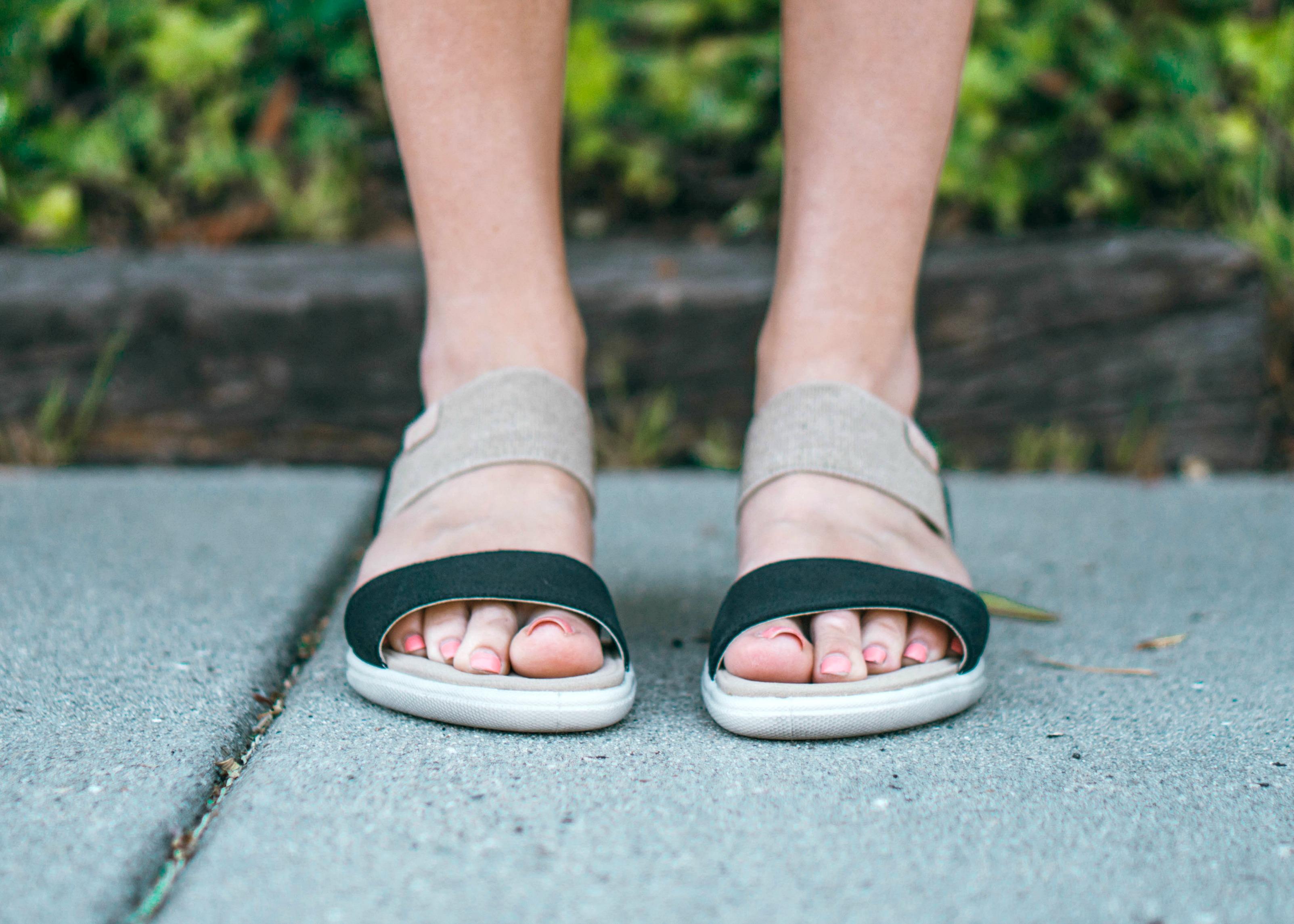 db14b002597 Even before wearing these Ecco Damara Ankle Gladiator Sandal