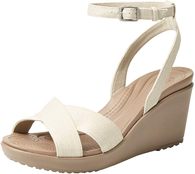 8 Most Comfortable Wedges for Travel 2020