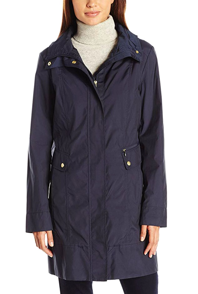 travel-raincoats-for-women