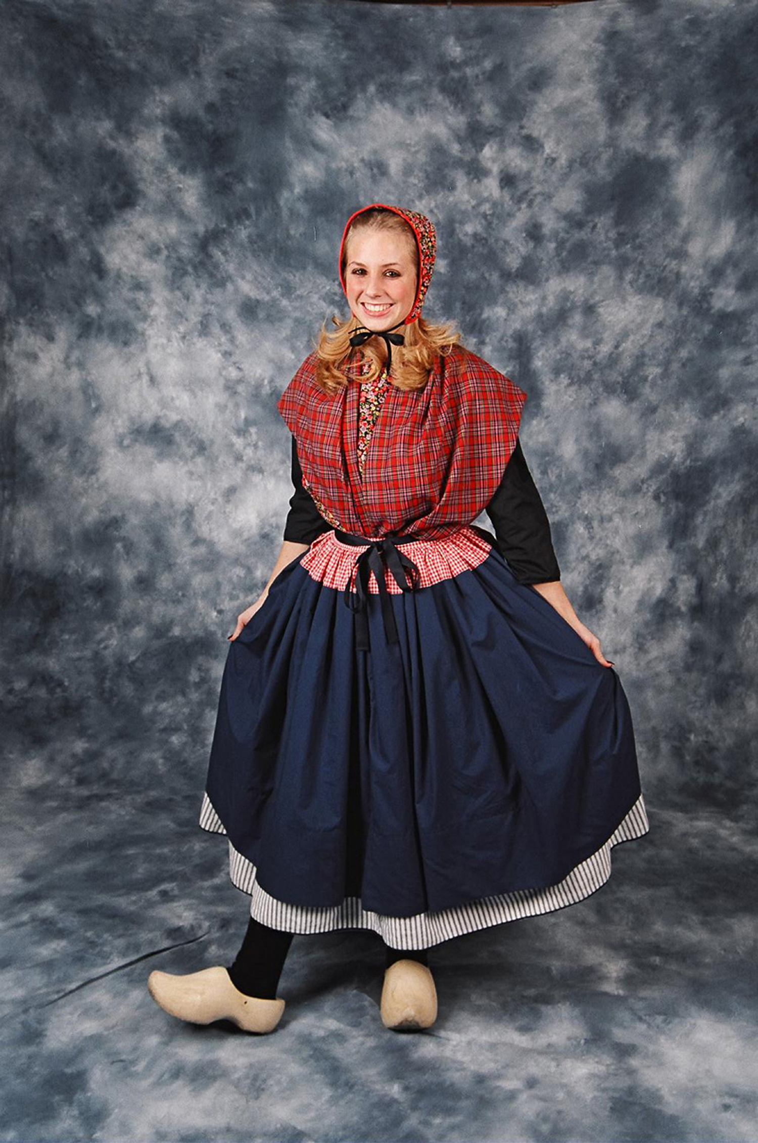 dutch dance costumes tulip time may 4�12 2019