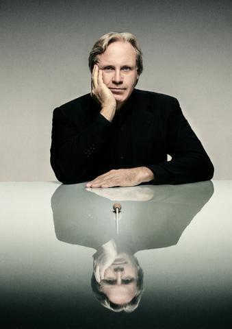Markus Stenz, Principal Guest Conductor, credit Josep Molina