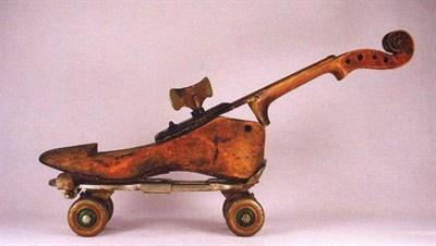 Paganini Shoe Violin