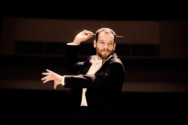 Dima Slobodeniouk, conductor
