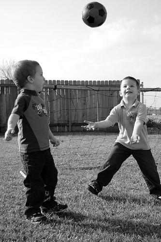 kids-playing-sports2