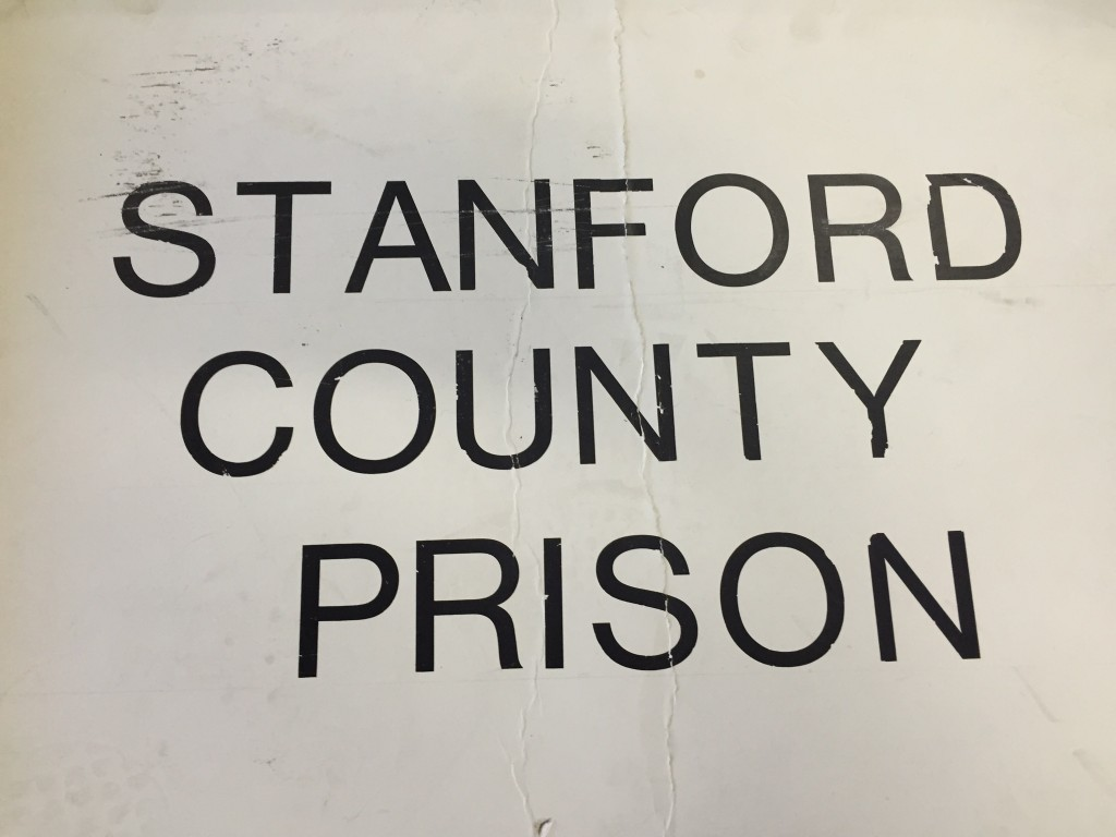 stanford county prison experiment essay This essay explains that inhumane treatment of dynamics between prisoners and guards in the stanford county prison experiment stanford prison experiment.