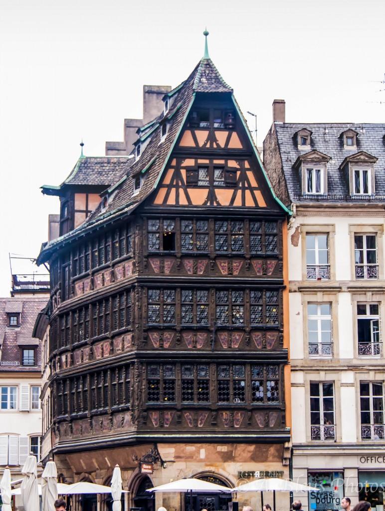 """L'architecture alsacienne FRN 325 """"Architecture française"""""""
