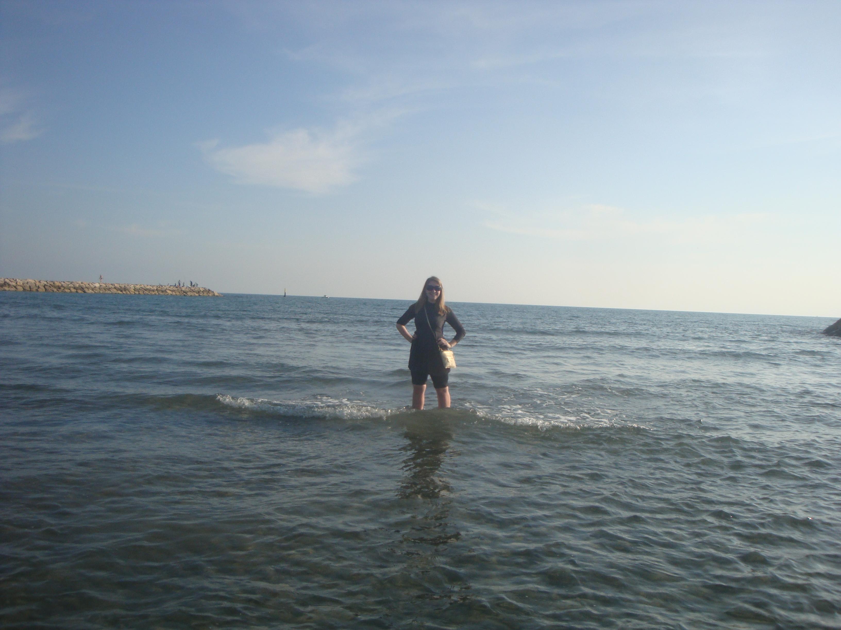 c'était la première fois que j'ai mis mes pieds dans la Méditerranée