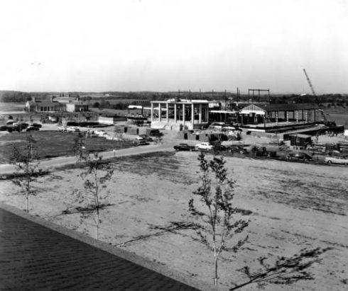Furman University Library Construction