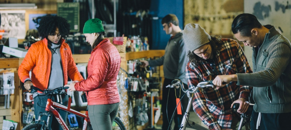The Creeper Trail Bike shop offers bike rentals and shuttle service.