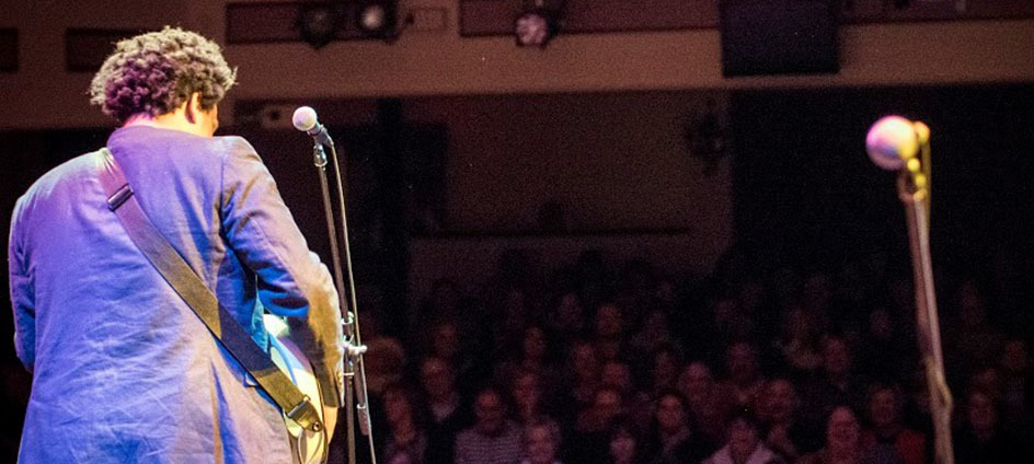 Jarekus Singleton performs at January Jams in Abingdon, VA