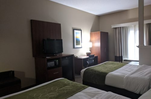 Comfort-Suites-bedroom-2