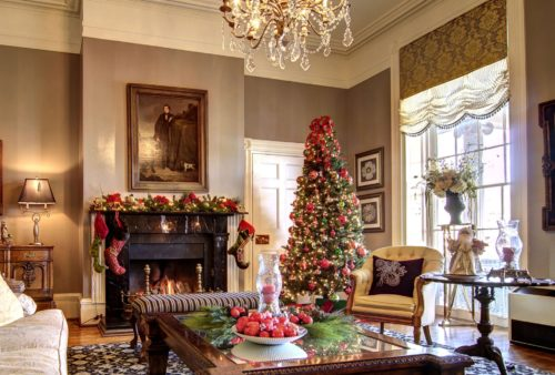 The Martha Washington Inn Spa Lobby Christmas