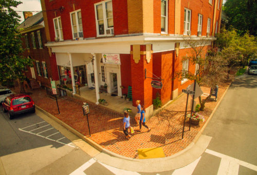 Downtown Abingdon shopping Courthouse Hill credit Sam Dean