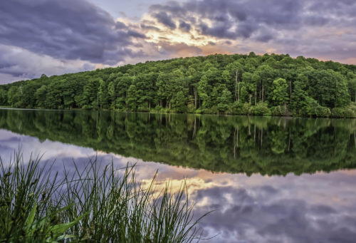 Hidden-Valley-Lake-Sunset