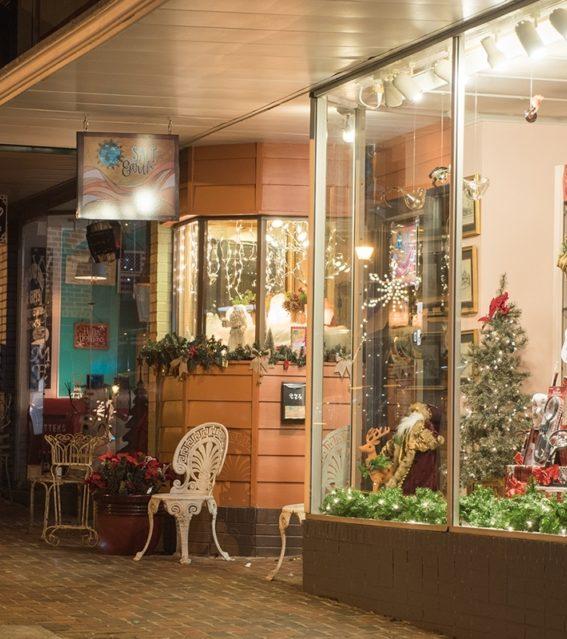 Main Street shop window at Christmas credit Billie Wheeler