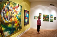 viewing an art gallery exhibit at the William King Museum