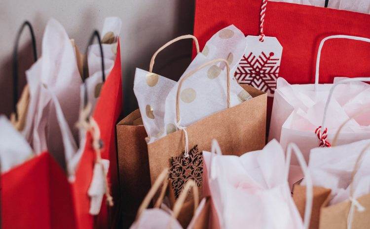 3 Creative SMS Ideas for Retailers This Holiday Shopping Season