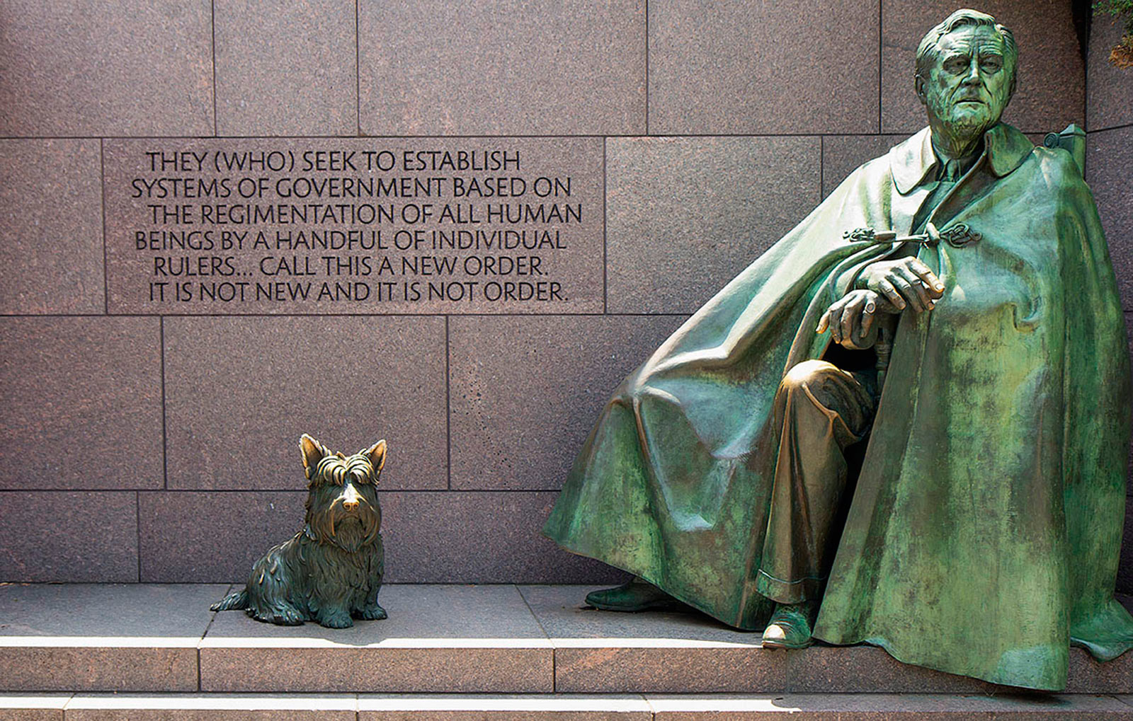 https://s3.us-east-2.amazonaws.com/withjamesbarr/genres/fdr-statue.jpg